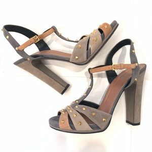 GUCCI Blush Gray Suede Studded Sandals Sz 40